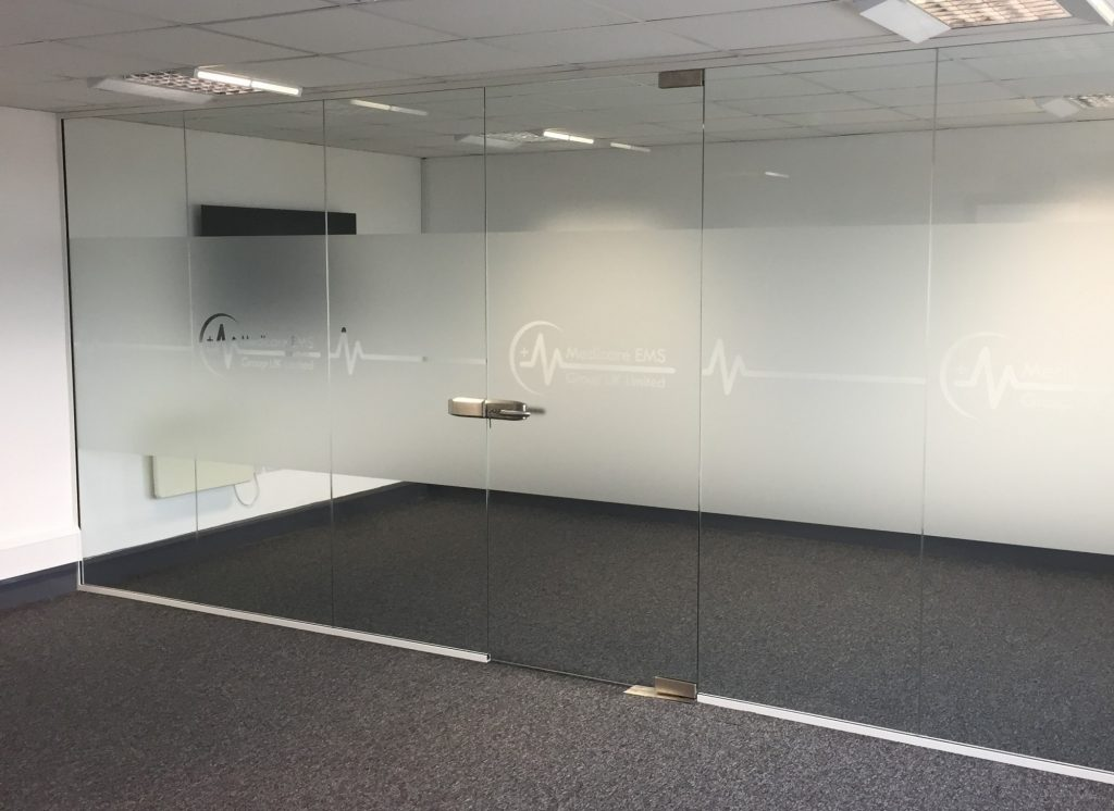 Choosing the right Partition Wall Thickness for glass partitioning