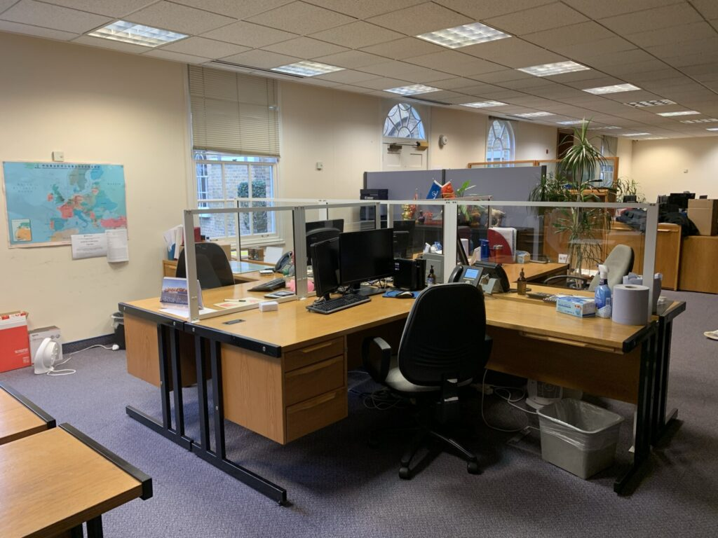 Covid Desk Screens